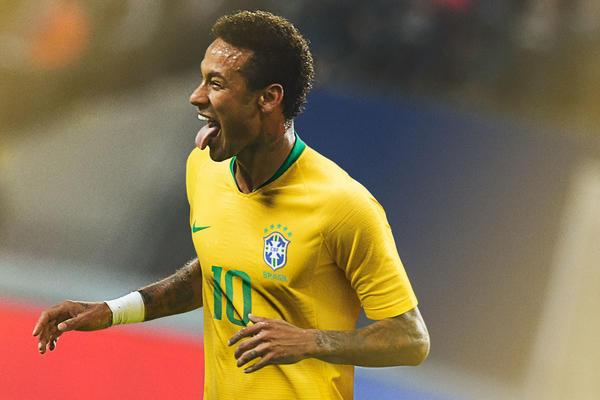 Neymar aus Brasilien im neuen nike Trikot - wird er der Start 2018 dieser Weltmeisterschaft? (Foto nike presse)